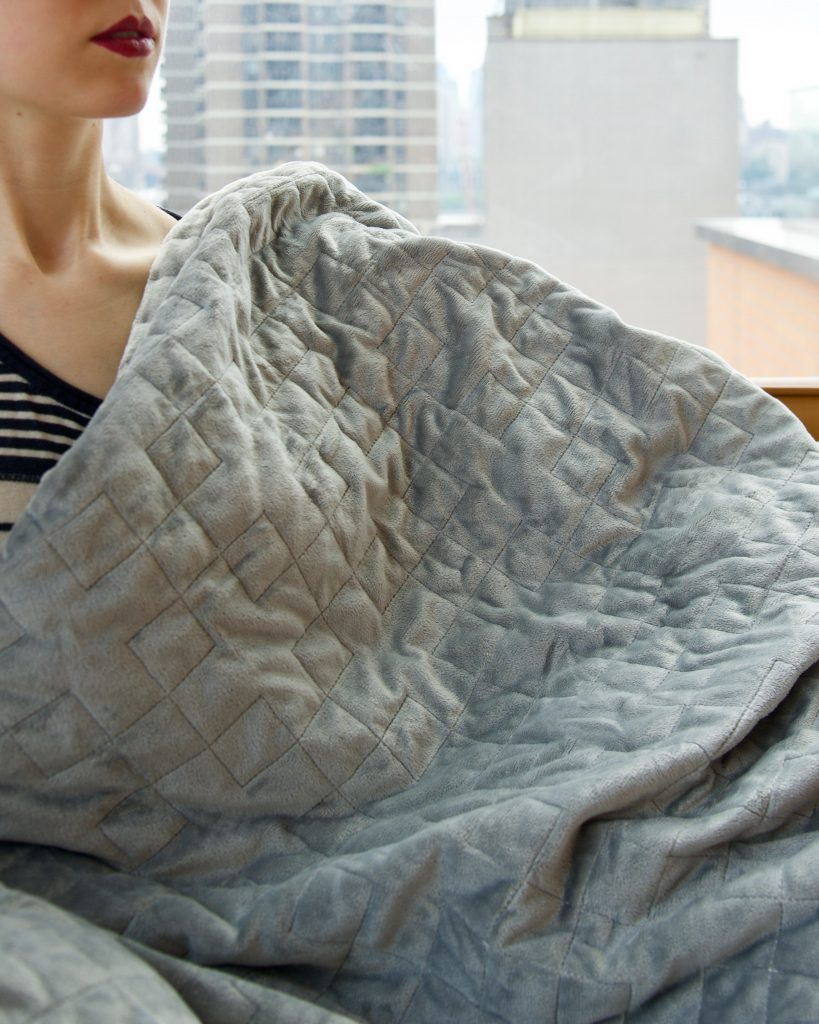 gravity-blanket-weighted-blanket-Grace&Lightness