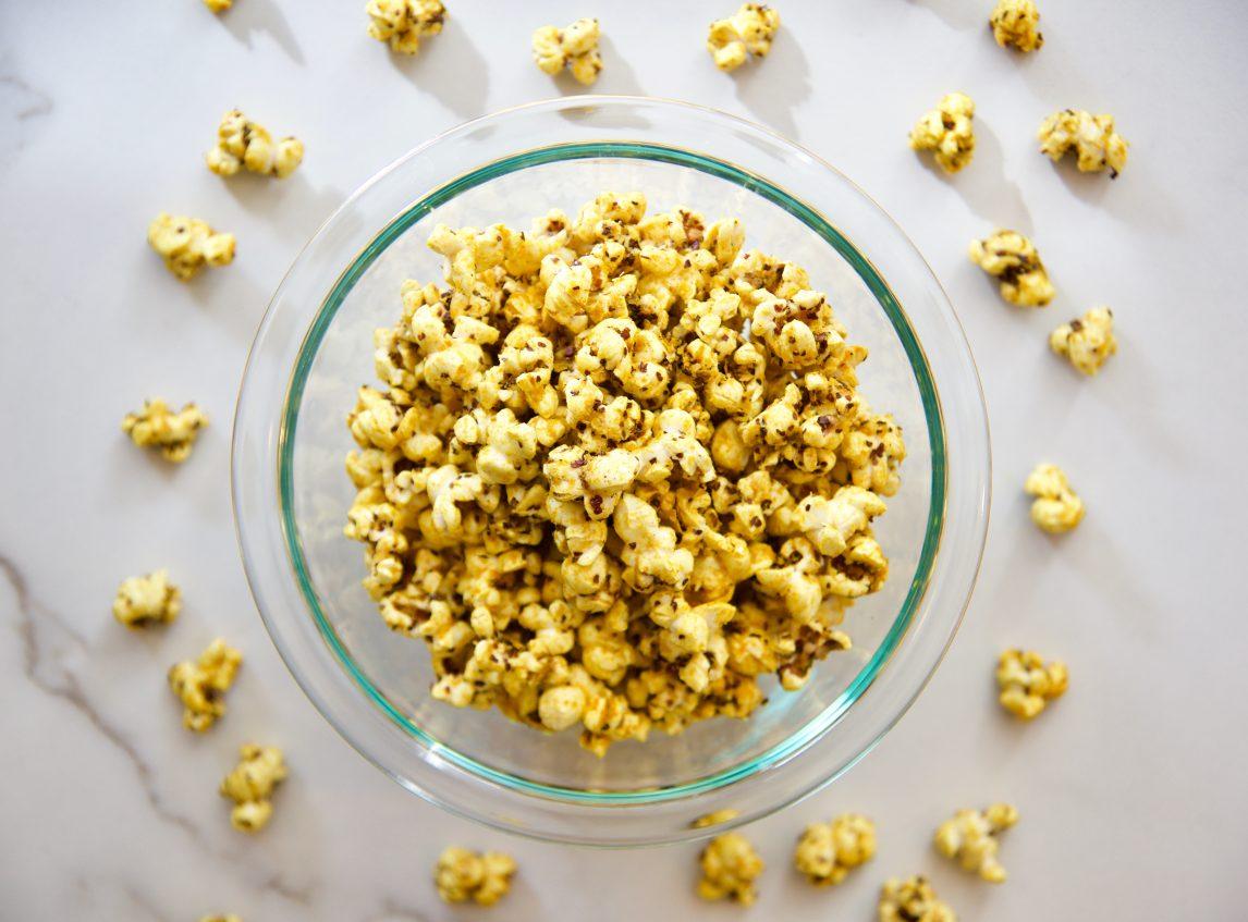 Antiinflammatory-foods-turmeric-popcorn_Grace&Lightness