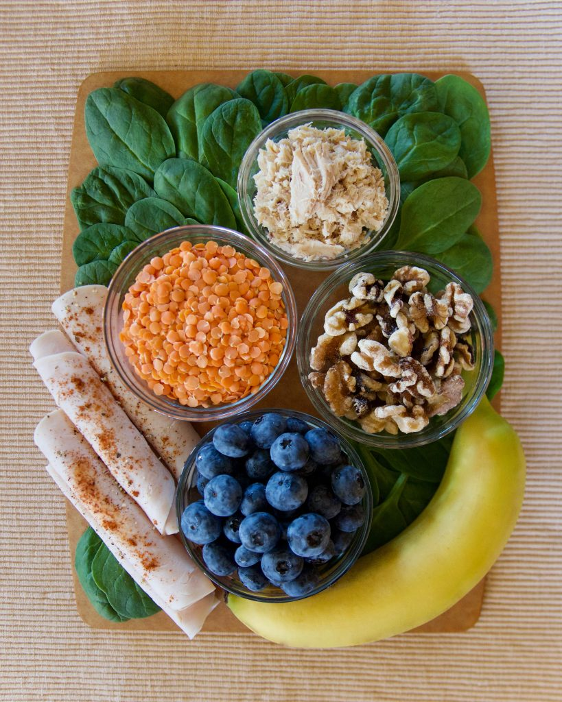 seasonal-affective-disorder-foods_banana_lentils_spinach_salmon_turkey_walnuts_blueberries
