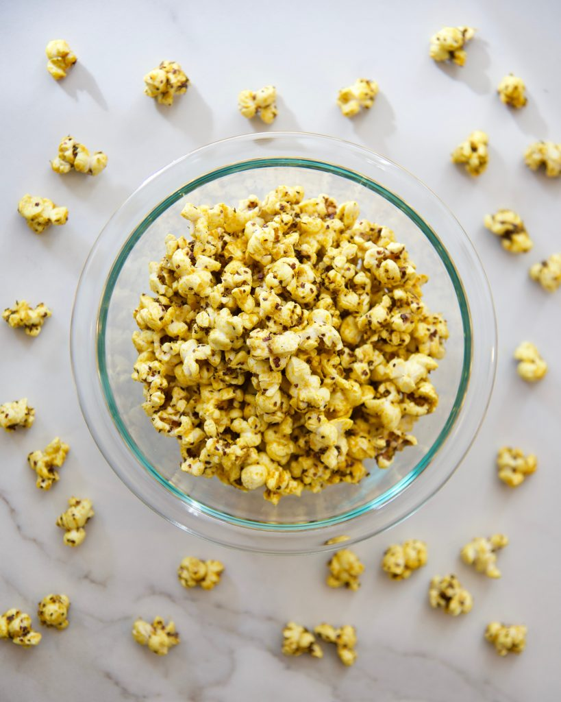 Instant-pot-popcorn_turmeric-popcorn_by-Molly-Beauchemin