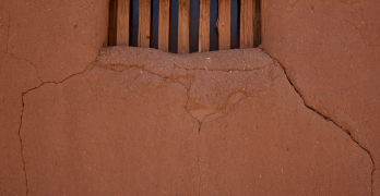 mud-house_new-mexico-dwelling