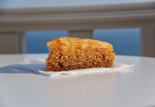 best-baklava_summer-treats_santorini-dining