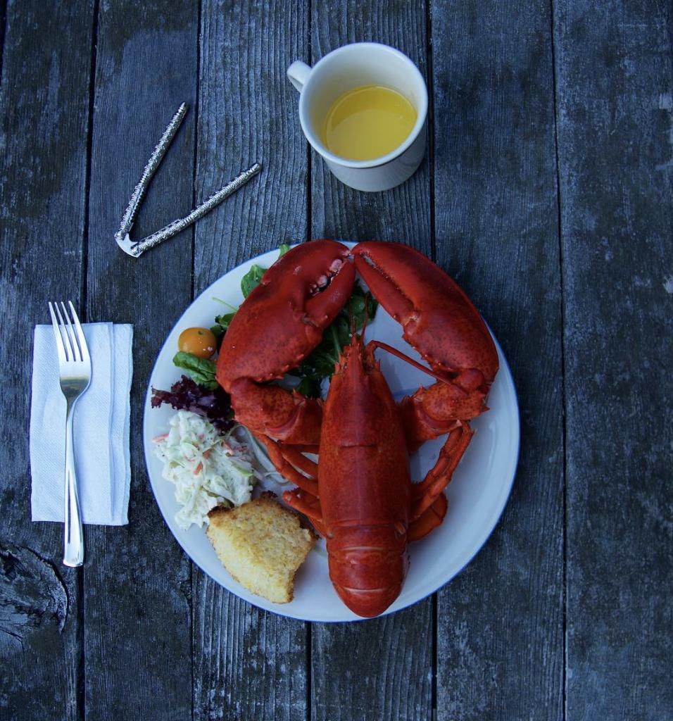 lobster-dinner_vest-of-kennebunkport-maine