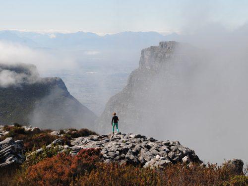 mountain-top-view_cape-town-table-mountain-view