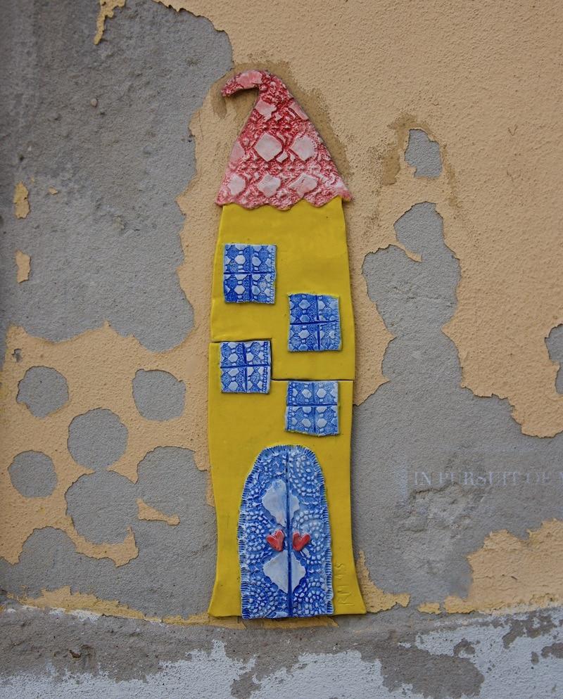 tiled-street-art-lisbon-portugal
