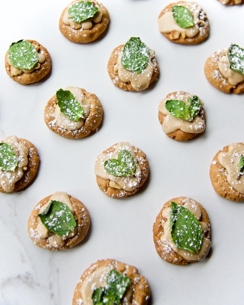 creative-holiday-cookies