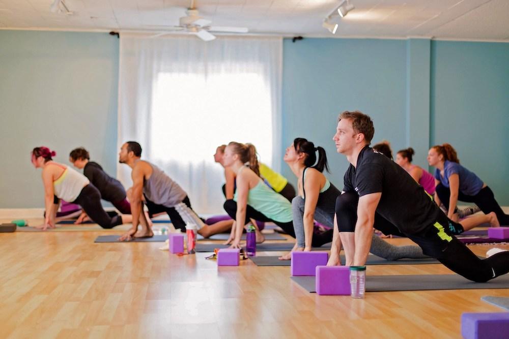 yoga-lunge