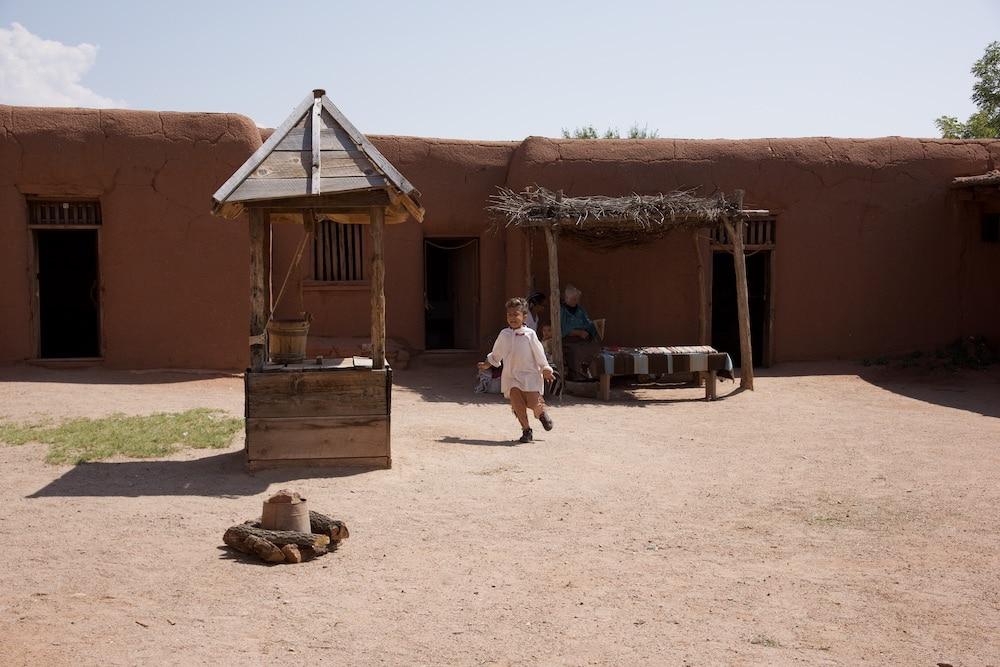 el-rancho-de-las-golandrinas-santa-fe-new-mexico