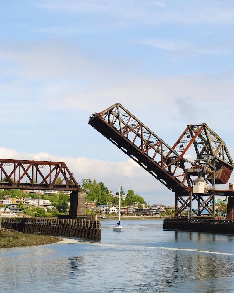 seattle travel guide - drawbridges