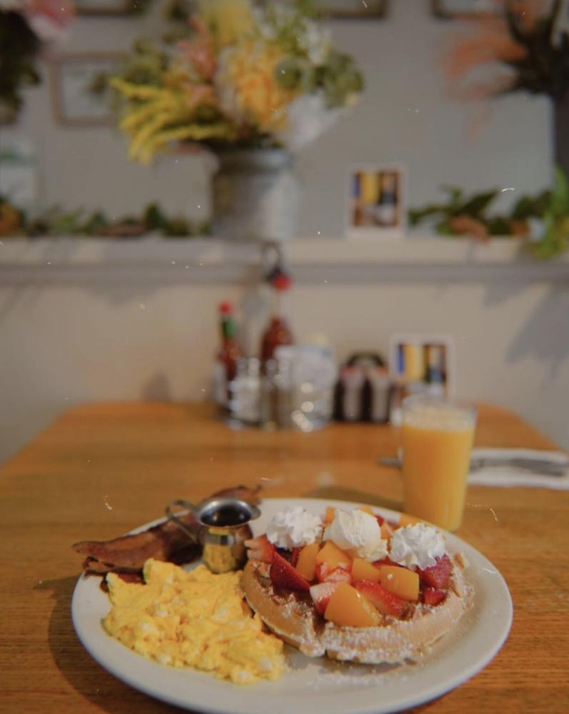 best-breakfast-monterey-california