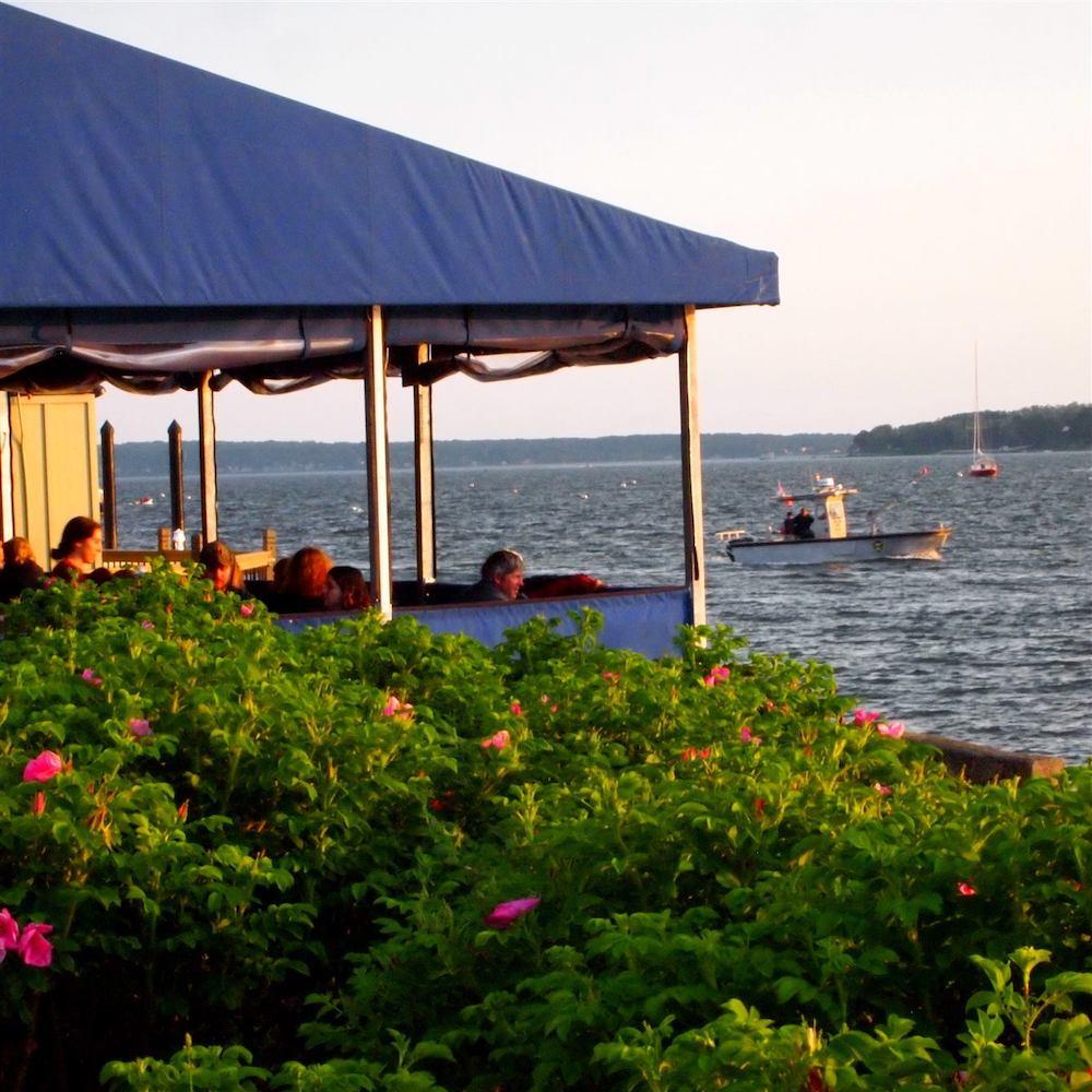 best-restaurants-bristol-rhode-island