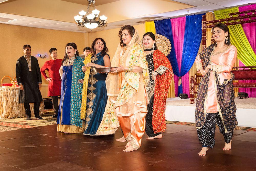 lohri-dance
