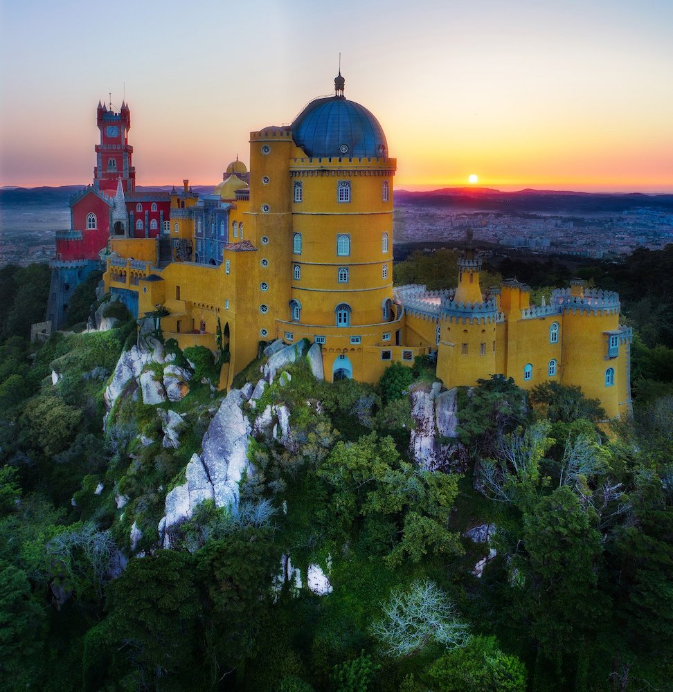 cool-palaces-sintra-portugal